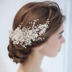 Beautiful Bidal Wedding hair piece clip in